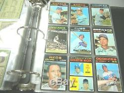 1971 TOPPS Baseball near complete starter set -35 cards=717/752 Collection lot