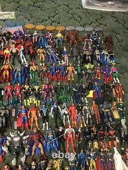 Mattel DC UNIVERSE CLASSICS 170+ Figure Lot Near Complete Collection RARE